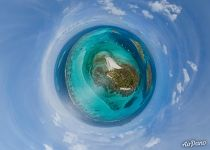Tobago Cays. Above Baradal. Planet