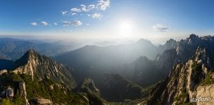 View from the Celestial Capital Peak (Tian Du Feng)
