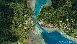 Huahine. Bridge between the islands Huahine-Nui and Huahine-Iti